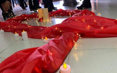 Nuevamente la Escuela de Obstetricia y Puericultura se hace presenta en la conmemoración del Candlelight
